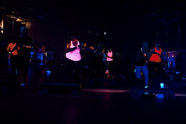 2016-11-26-Kraftakt-6-Neon-Lights-andremaurer-ch-0158
