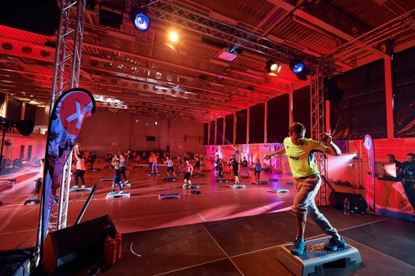 2016-11-26-Kraftakt-6-Neon-Lights-andremaurer-ch-0695