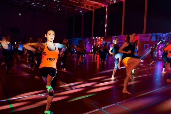 2016-11-26-Kraftakt-6-Neon-Lights-andremaurer-ch-1529